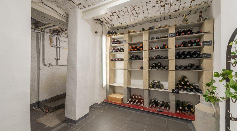 210-Wijnkelder