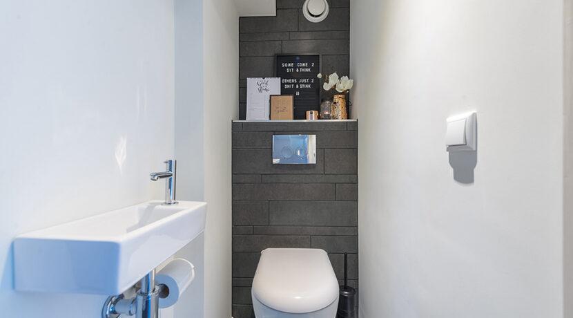 194-Toilet2